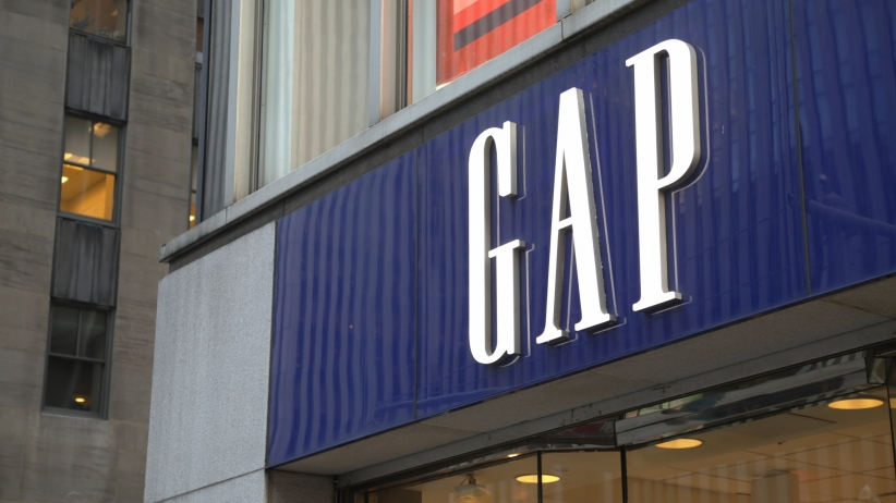 20150318165102-gap-retail-store-jeans